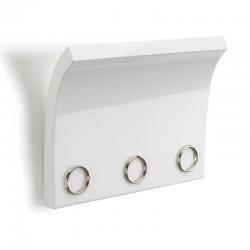 Panel z magnesami na klucze...