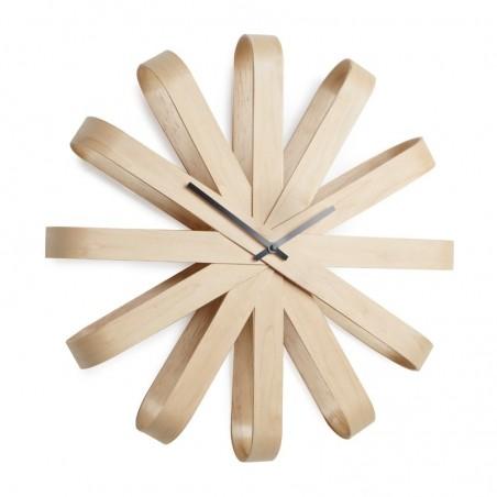 Zegar ścienny Ribbonwood firmy Umbra